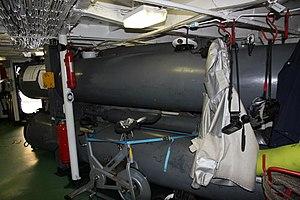 Commandant Blaison torpedos 1.JPG