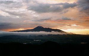 Corazón (volcano) - Corazón as seen from Rumiñahui