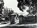 Cranbrook (private residence 1859-1900, residence of the NSW Governor 1900-1917, now Cranbrook School) - entrance gates, Bellevue Hill (NSW) (8344226284).jpg