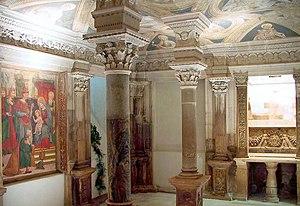 Acerenza Cathedral - Image: Cripta di Acerenza