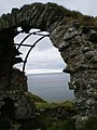 Cruggleton Castle arch - closeup - geograph.org.uk - 1452208.jpg