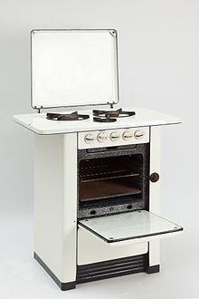 Fornello wikipedia for Cucinare definizione