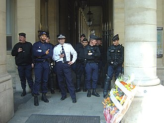 National Police (France) - March against digital rights management techniques and the DADVSI copyright law (from Bastille plaza to the Ministry of Culture).