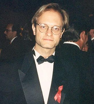 Sideshow Bob - Sideshow Bob's brother Cecil was designed to resemble actor David Hyde Pierce, who also played the brother of Grammer's character on the show Frasier.