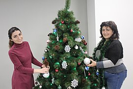 Decoration of Wikimedia Armenia Christmas tree, 12 Dec 2017 03.jpg