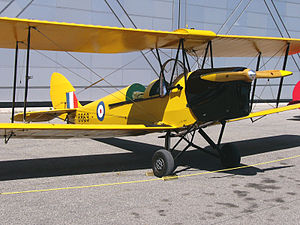 Vintage Wings of Canada - de Havilland DH 82C Tiger Moth of Vintage Wings