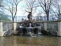 Delphinbrunnen dresden.JPG