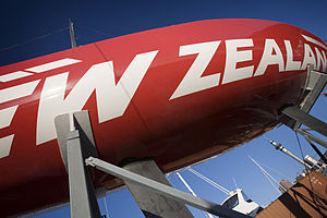 Detail of the hull and propeller, Auckland - 0323.jpg