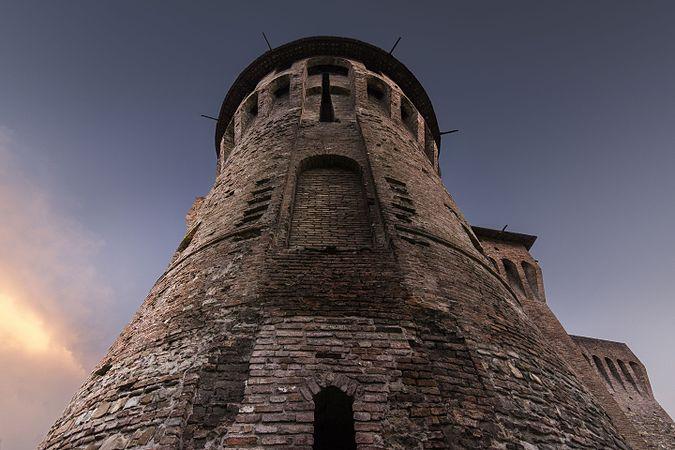 Dettaglio della Rocca di Vignola.jpg
