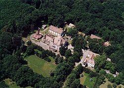 Diósjenő kastély.jpg