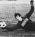 Dino Zoff in training with Juventus FC, c. 1973.jpg