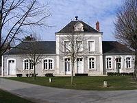 Diou - Town hall.jpg
