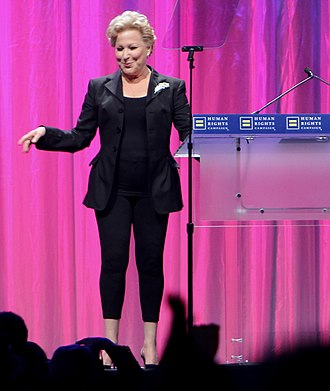 Bette Midler - Midler at the 2010 HRC Annual Dinner.