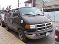 Dodge Ramvan 1500 2000 (13632714563).jpg
