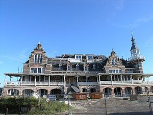 Domburg - Bathing pavilion being restored