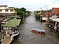 Dumnoen Saduak-Floating market - Plovoucí trh Dumnoen Saduak - panoramio - Thajsko (3).jpg