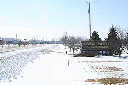 Eastern entrance to Rockwell City Iowa on US20.jpg