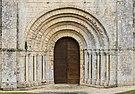 Eglise Marignac Romanesque portal Charente-Maritime.jpg