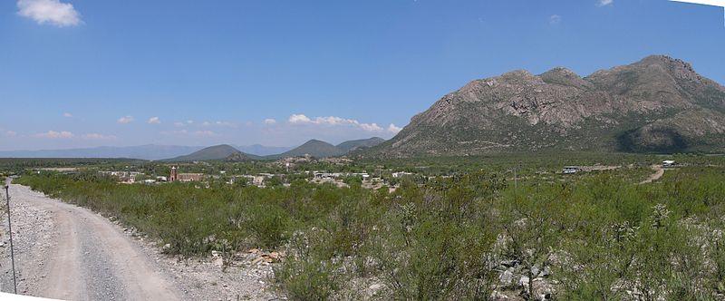 File:El Peñuelo, Galeana Nuevo León - panoramio.jpg