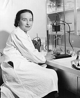 Elizabeth Roboz Einstein