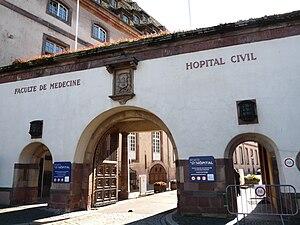 Hôpital civil, Strasbourg - Entrance from Place de l'Hôpital