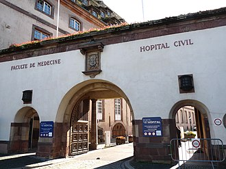 Hôpital civil, Strasbourg - Entrance from Place de l'Hôpital