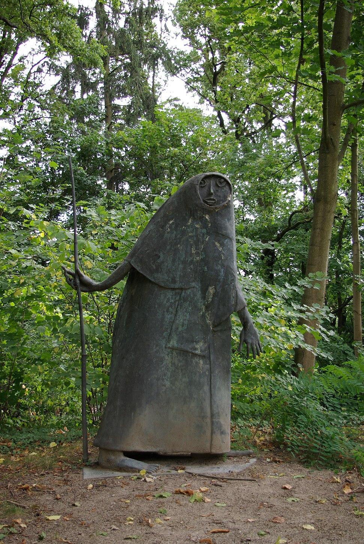Erlangen Burgberggarten Heinrich Kirchner Wandernder Abraham 001