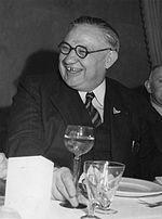ארנסט בווין בשנות ה-40