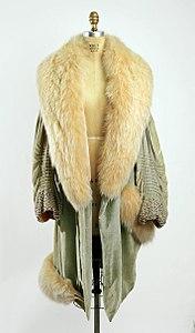 Ein mantel engl