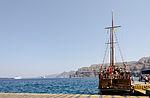 Excursion boat - Athinios port - Santorini - Greece - 05.jpg