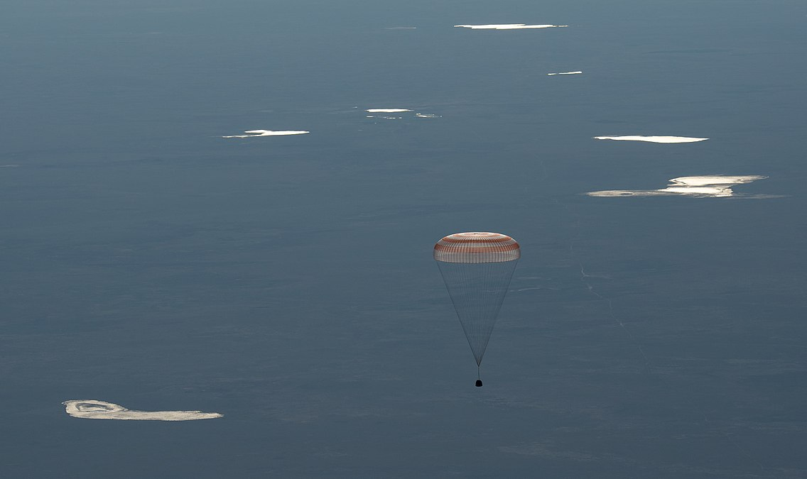 Expedition 55 Soyuz MS-07 Landing (NHQ201806030002).jpg