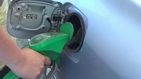File:Filling Up Gas Tank.webm