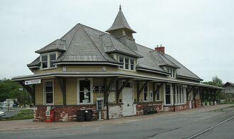 Fort Edward station - Image: Fort Edward Glens Falls (Amtrak station) in 2008