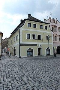 Frýdlant, náměstí, dům číslo 2.jpg