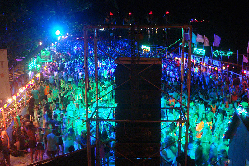 Activities during full moon party