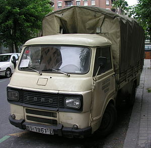 Ebro trucks - Image: Furgoneta EBRO