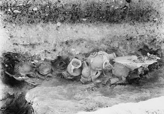 Fynd i G 6-7 Idalion. utgrävning - SMVK - C00875.tif