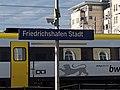 """GER — BW — Friedrichshafen — Stadtbahnhof 1 (Haltepunkt """"Friedrichshafen Stadt"""" — Schild) 2021.jpg"""