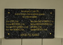 Gare de Saint-Michel, plaque attentat 1995.JPG