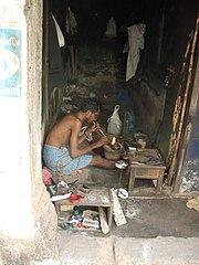 Artisan souffleur en Inde