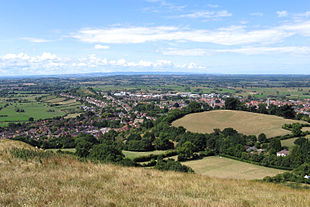 """A view of Glastonbury from the <a href=""""http://search.lycos.com/web/?_z=0&q=%22Glastonbury%20Tor%22"""">Tor</a>"""