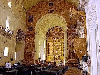 Basilica of Bom Jesus - Interior view towards altar