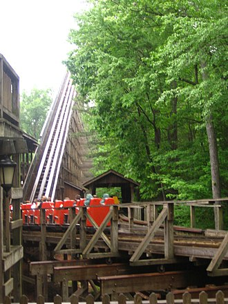 Grizzly (Kings Dominion) - Image: Grizzly Lift and Switch
