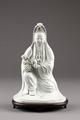 Guanyin barmhärtighetens gudinna gjord av porslin i Kina på 1790-talet - Hallwylska museet - 95554.tif