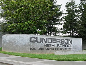 Gunderson High School - Image: Gunderson High School front