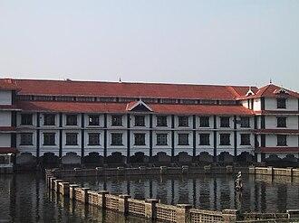 Guruvayur Temple - Guruvayur Temple tank (pond)