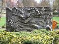 HGW Rudolf-Petershagen-Allee Rosengarten Skulptur.JPG
