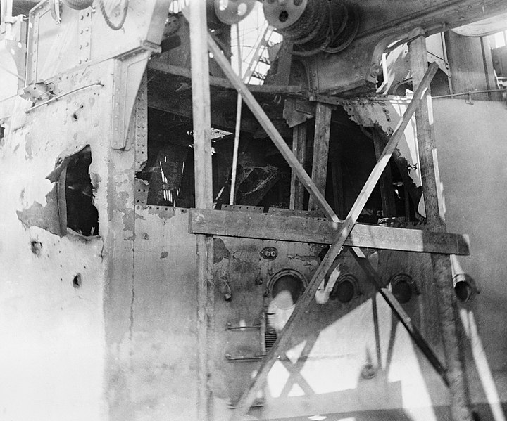 File:HMS Colossus Jutland damage 1916 IWM Q 55600.jpg