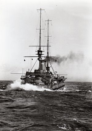 HMS Commonwealth (1903) - HMS Commonwealth in heavy seas, 1912