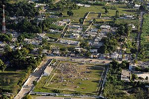 Haiti earthquake damage overhead.jpg